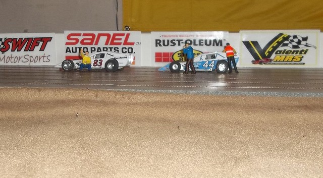 Slot Car Oval Racing Getting Real
