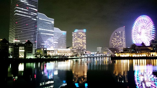 Night Photography Night Lights Buildings Water Reflections Ferris Wheel Urban Landscape City City Lights at 横浜みなとみらい21 (Yokohama Minato-mirai 21)