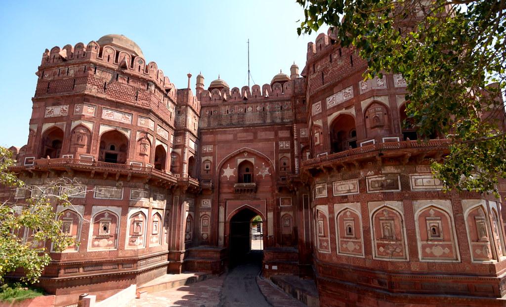 Delhi Gate Agra Fort The Monumental Delhi Gate Which