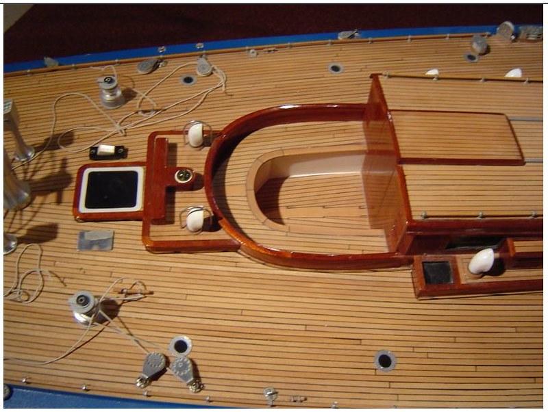 Endeavour sailboat model 17187247896_7d42b589de_c