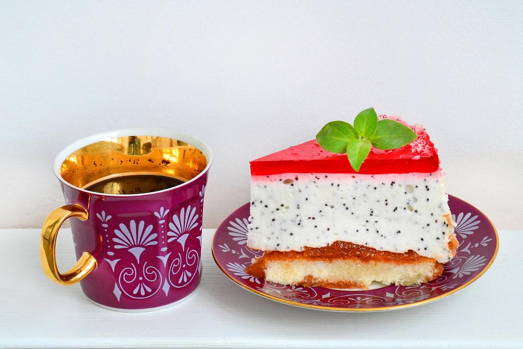Kuchen Mit Joghurt Creme Und Mohn Stock Photos Fotos Flickr