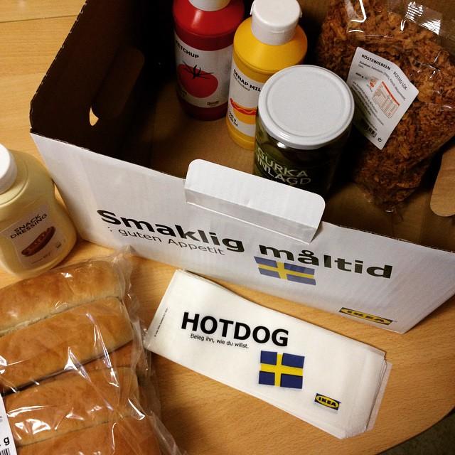 wir feiern jetzt ne hotdog party mit der hotdogkiste von flickr. Black Bedroom Furniture Sets. Home Design Ideas