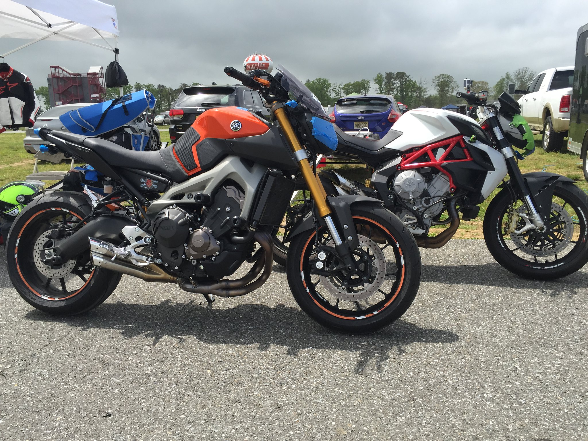 First track day with some friends | Yamaha FZ-09 Forum