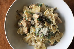 Pasta with Mushrooms & Goat Cheese 20140325
