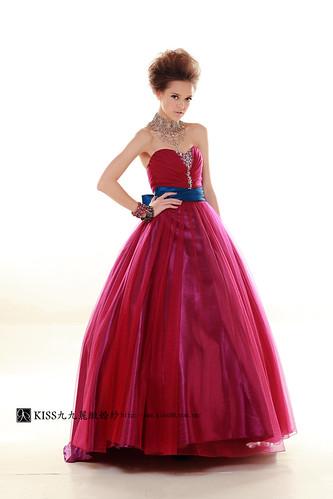 拍照婚紗和宴客禮服怎麼選?讓高雄kiss99婚紗告訴你:拍攝用禮服 (24)