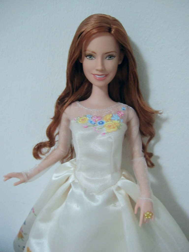 Mattel Disney Enchanted Amy Adams as Giselle barbie doll o… | Flickr