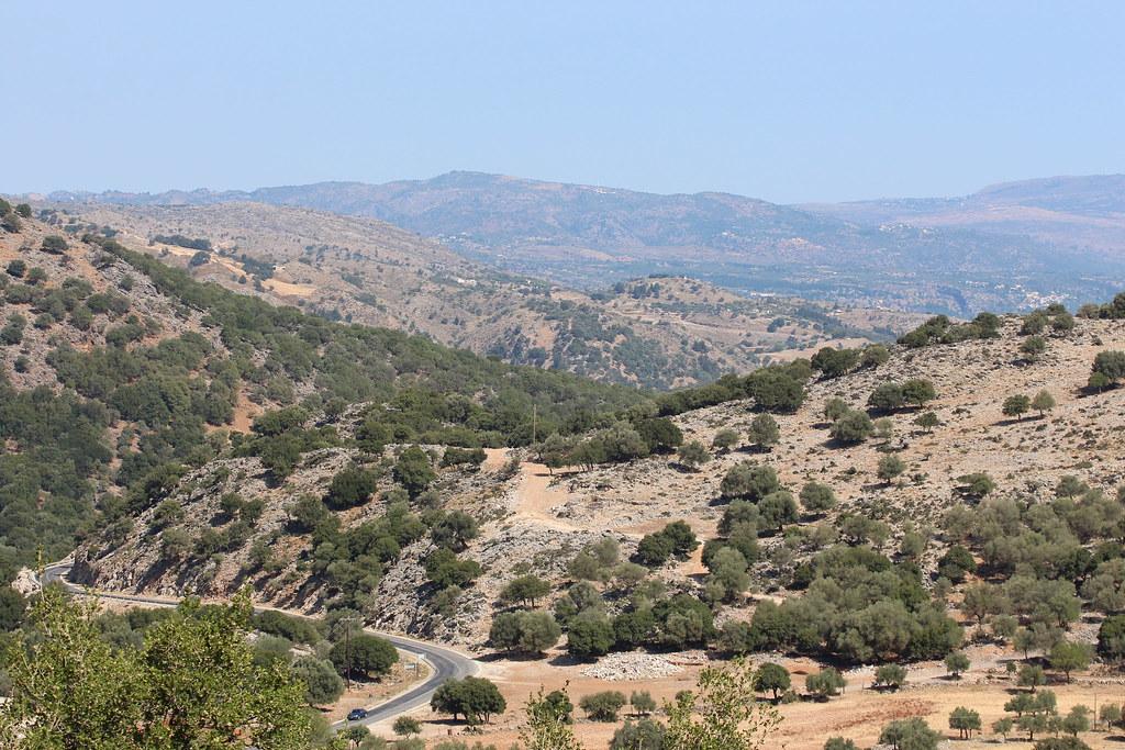 Äkkilähtö Kreetalle