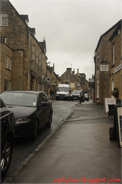 street of stow-in-the-wold