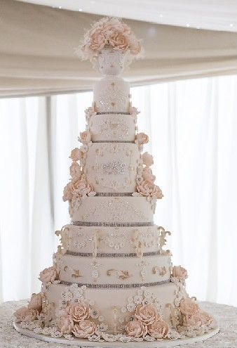 8 tier | Wedding Cakes Grimsby Lincolnshire This huge magnif… | Flickr