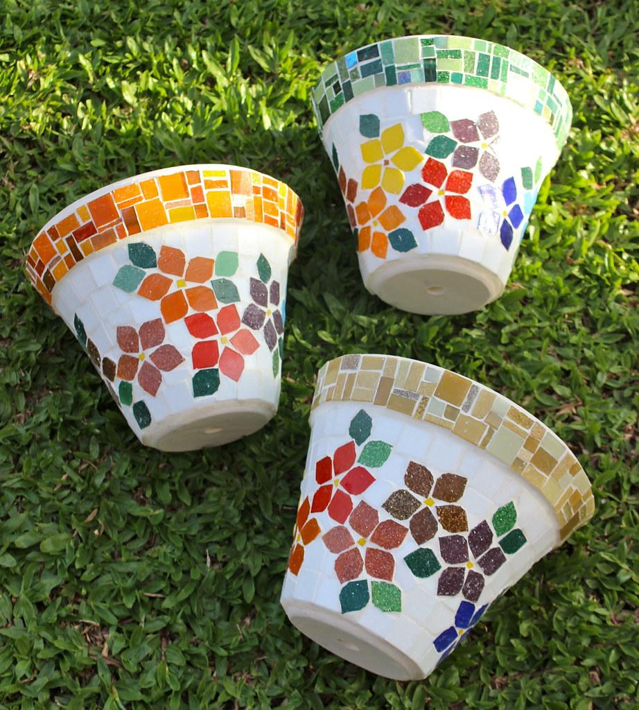 Img 4218 schandra flickr for Garden mosaics designs