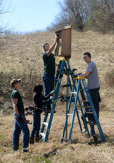 Students Volunteer at Jubilee Farms | by Illinois Springfield