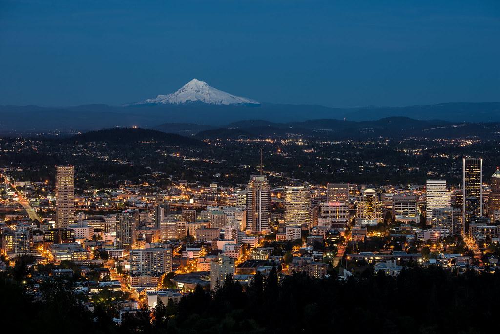 Portland skyline 1 portland oregon skyline at sunset - Camera world portland ...