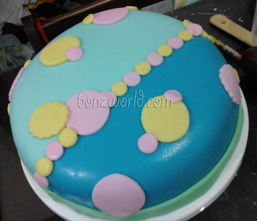 pastel birthday cake first-01
