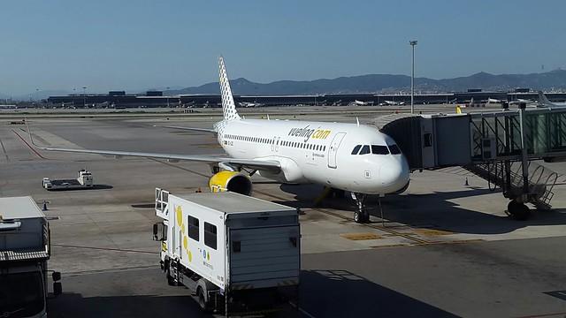 A320 de Vueling en BCN. Foto: Avioneando