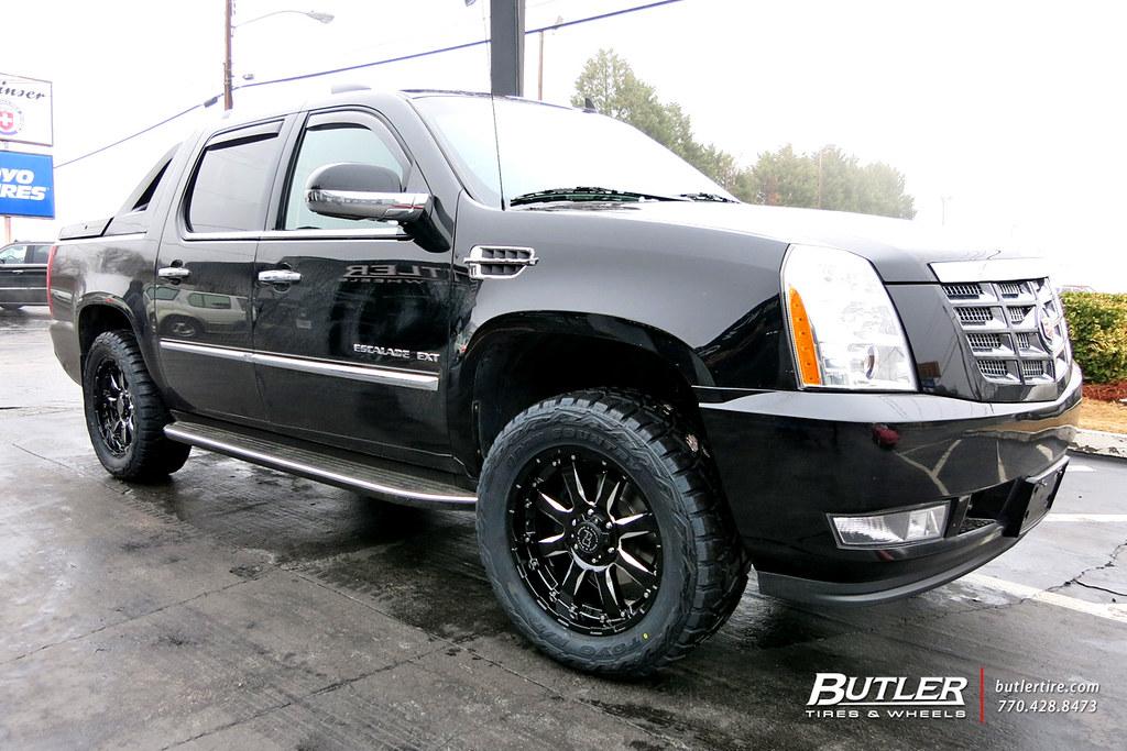 Cadillac Escalade EXT with 20in Black Rhino Sierra Wheels | Flickr