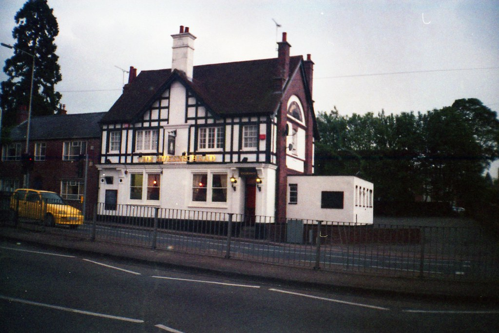 the queens head now demolished pub in wigston taken in. Black Bedroom Furniture Sets. Home Design Ideas