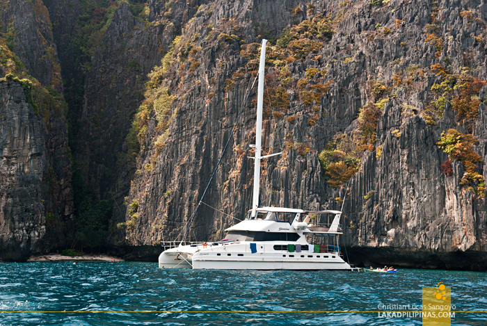 Koh Phi Phi Boat Tour Catamaran