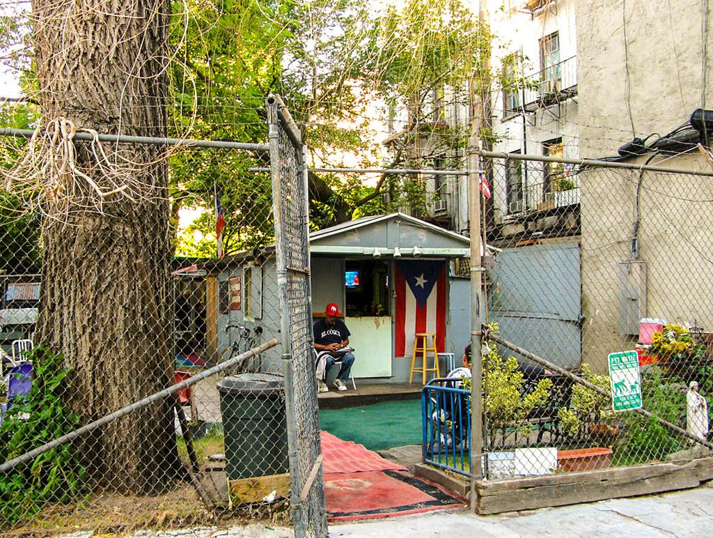 Puerto Rican Casita A Community Garden In The East Village Flickr