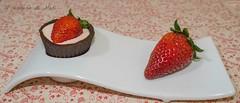 tartaletas de chocolate con cremoso de fresas 1