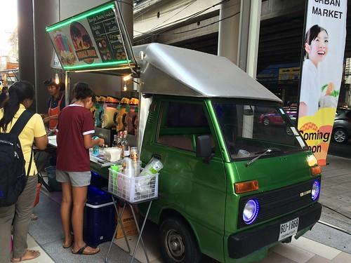 2015-05-01 Food truck BKK (17)