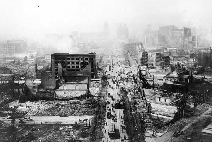 A historic photo of the San Francisco earthquake of 1906, courtesy USGS Earth Observatory.