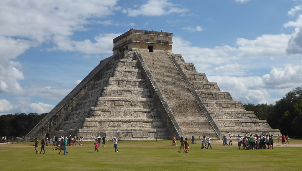 El Castillo Pyramid - Chichen Itza - Mexico | El Castillo ( … | Flickr