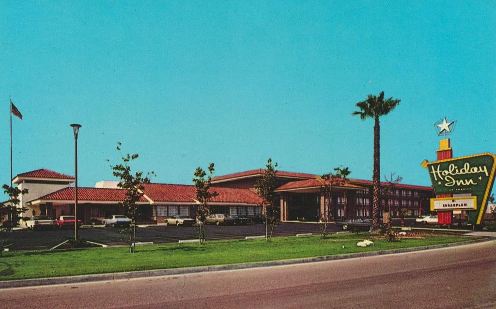 Holiday Inn - Fullerton, California