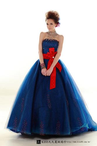 拍照婚紗和宴客禮服怎麼選?讓高雄kiss99婚紗告訴你:拍攝用禮服 (26)