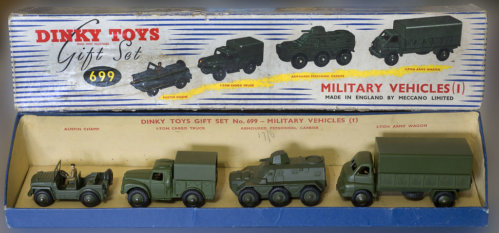 dinky toys no 699 military vehicles gift set a very very flickr. Black Bedroom Furniture Sets. Home Design Ideas