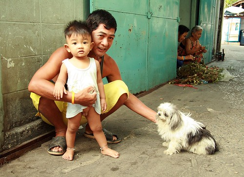 Father, Son, Dog  The Foreign Photographer -   Flickr-1372