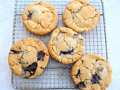triple choc chip cookies