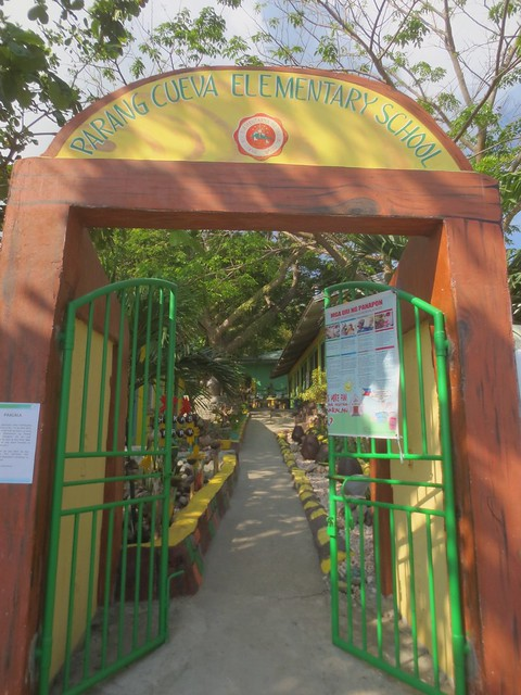 Entrance to school in Verde island
