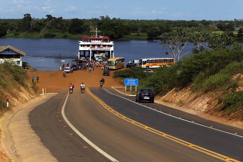 Nélio Aguiar oficializa cessão de duas áreas para construção de portos, porto de tapará