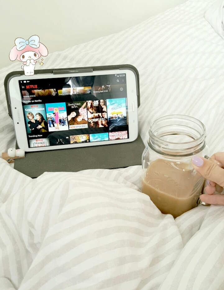 Daisybutter - Hong Kong Lifestyle and Fashion Blog: relax, still life, blogger, HK blogger, iced coffee in mason jar