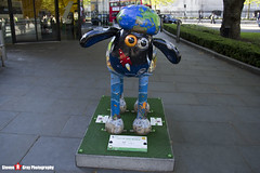 OUT OF THIS WORLD No.22 - Shaun The Sheep - Shaun in the City - London - 150512 - Steven Gray - IMG_0406