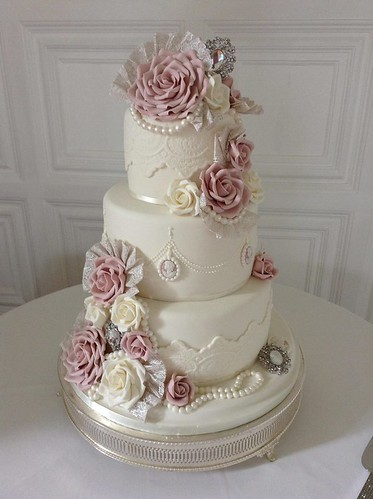 wedding cake bakeries kc wedding cakes grimsby lincolnshire wedding cakes grimsby 21871