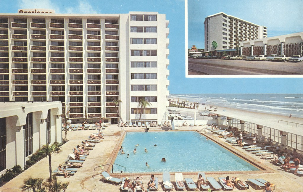 Dodd's Americano Beach Lodge - Daytona Beach, Florida