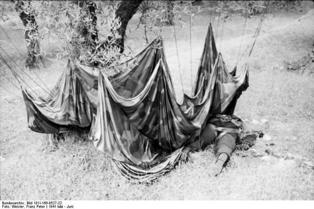 Paracaidista aleman kondomari | by www.historiassegundaguerramundial.com