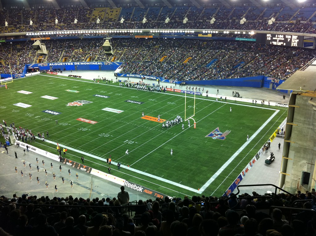 Uncle Mike S Musings A Yankees Blog And More How To Go To A Montr 233 Al Alouettes Game