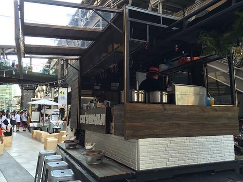 2015-05-01 Food truck BKK (14)