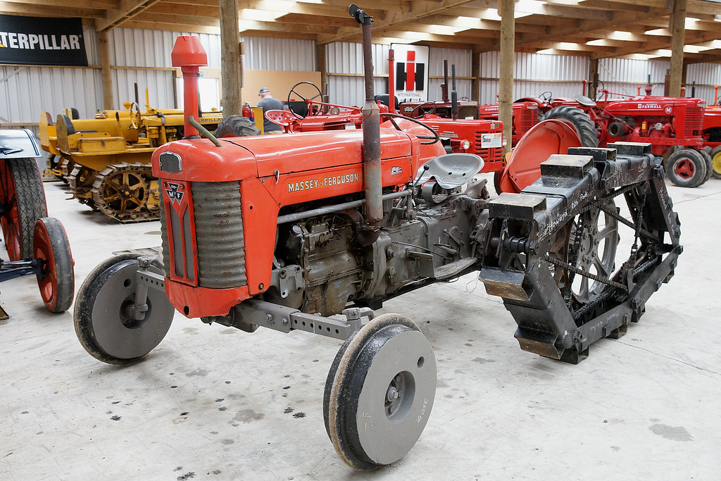Massey Ferguson 65 : Massey ferguson tractor fitted with howard rotopad trac