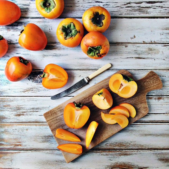 Can you believe I've never had a persimmon?! The round ones are sweet persimmons and hard like an apple, the odd shaped ones are jammy and perfect when really soft and bitter as sin when hard (these were perfect). Thanks so much @persimmonsaustralia, I th