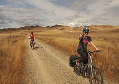 Lauren and Jo on Central Otago Rail Path