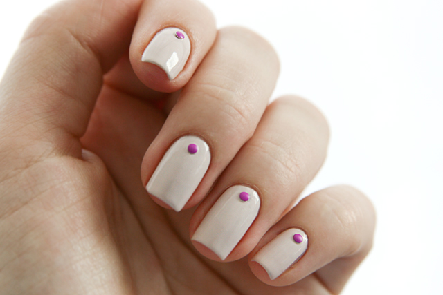 essie - urban jungle pink dotted