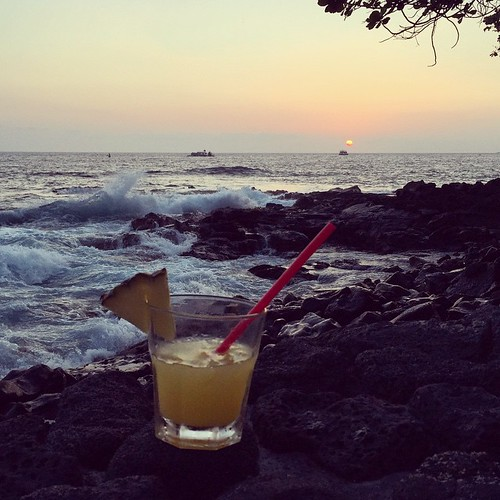 #kvphawaii On the rocks. Vodka with pineapple and orange juice at @RoyalKonaResort. NOM | by queenkv