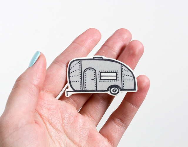 Illustrated Airstream Pin by Vitamini