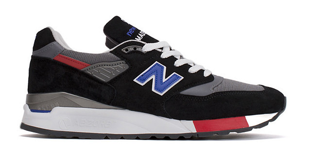 30 Sneakers You Wouldn't Expect to Be on Sale Right Now 5