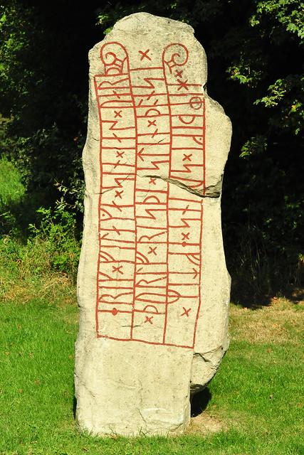 Schleswig Haithabu Wikinger-Museum Runenstein Erik-Stein Runenkunde Runologie Ärchäologie Foto: Brigitte Stolle 2016