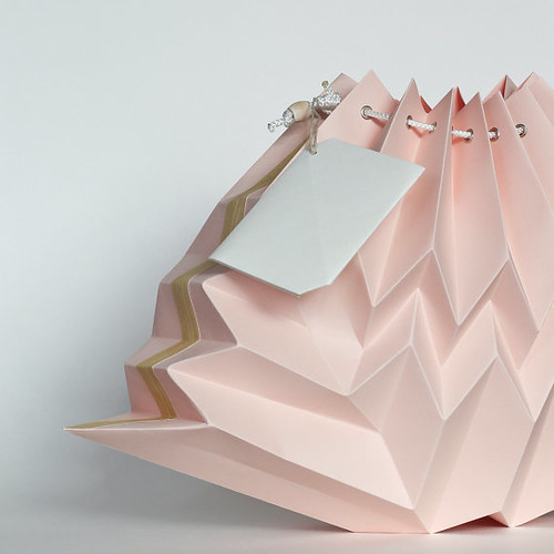 NANA ZOOLAN Blush Cloud Origami Lamp Shade