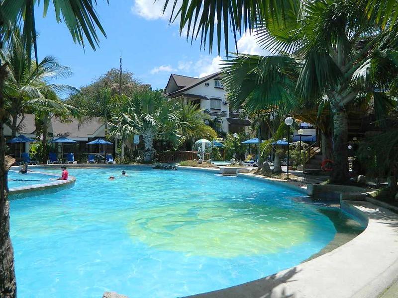 Blue-Coral-Pool